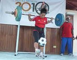 Yeniseidys Soto impuso récord en la carrera con balón