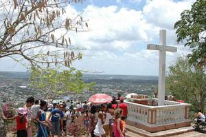 La Loma de la Cruz, sitio donde se inician las Romerías de Mayo