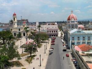 Cienfuegos es una hermosa ciudad en el centro-sur de Cuba