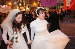Cuba también busca aprobar el matrimonio gay