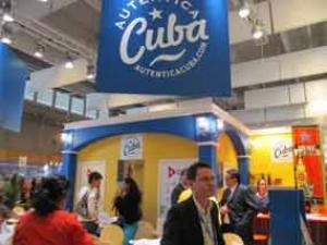 El stand cubano en la feria parisina de Top Resa
